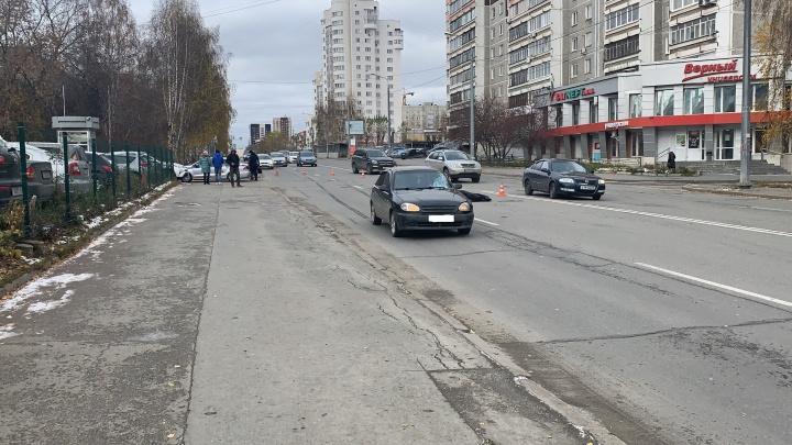 В Екатеринбурге в ДТП на Фурманова погибла женщина