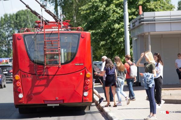 На основных магистралях Ярославля сделают для транспорта выделенные полосы