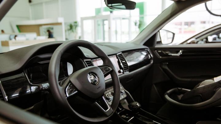 «Делают привлекательную цену, а в итоге автомобиль получается дороже»: как обманывают «серые» дилеры