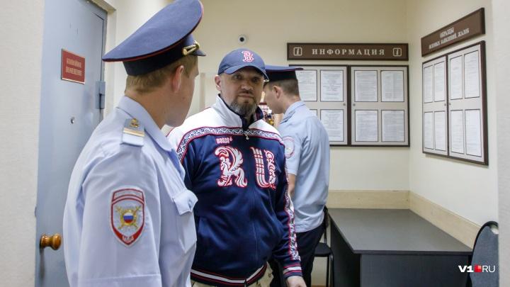 «Число сотрудников ФСБ поражало»: адвокат допустил появление Виталия Брудного в деле Музраева