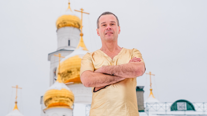 «Проведу всю ночь в гробу под землей»: Повелитель холода начал подготовку в Перми к новому рекорду