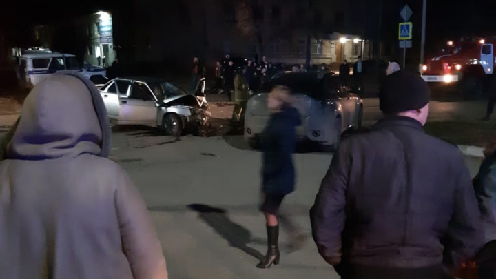 «Сзади ехала полиция с мигалкой»: участник аварии в Челябинской области мог уходить от погони