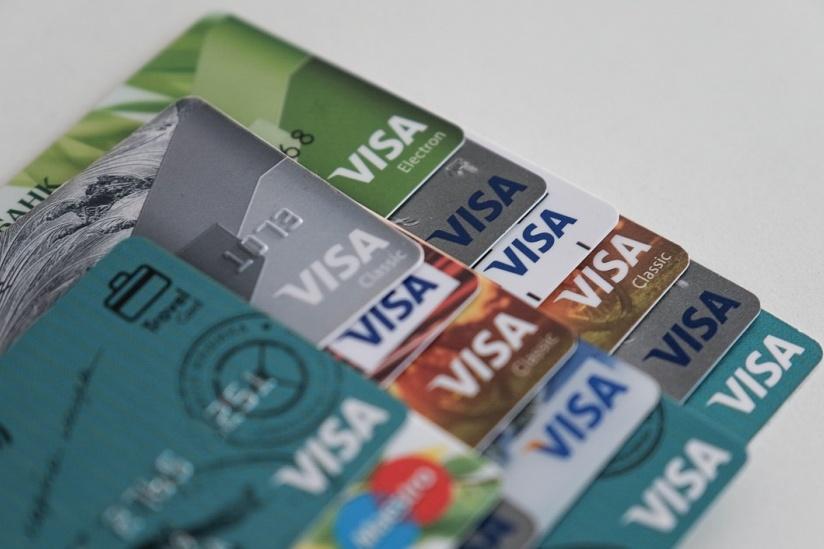 банки заблокировали кредитные карты
