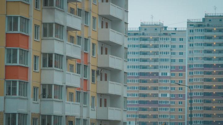 В «Суворовском» УК заставила жильцов дома заплатить за украденные у них пожарные шланги