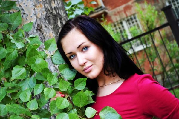 Анастасия окончила медицинский университет с красным дипломом