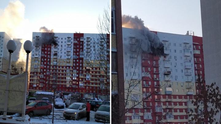 В Тюмени загорелась квартира в многоэтажке на улице Пермякова