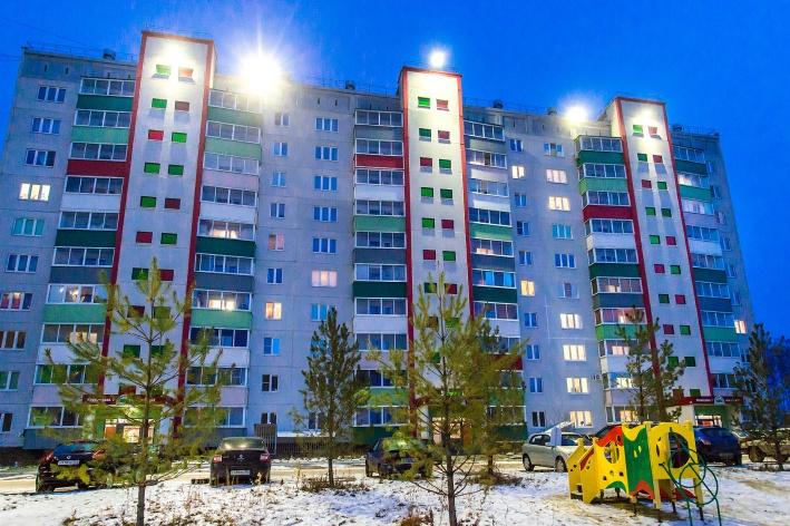 Микрорайон светится ярким пятном на фоне всего посёлка Западный