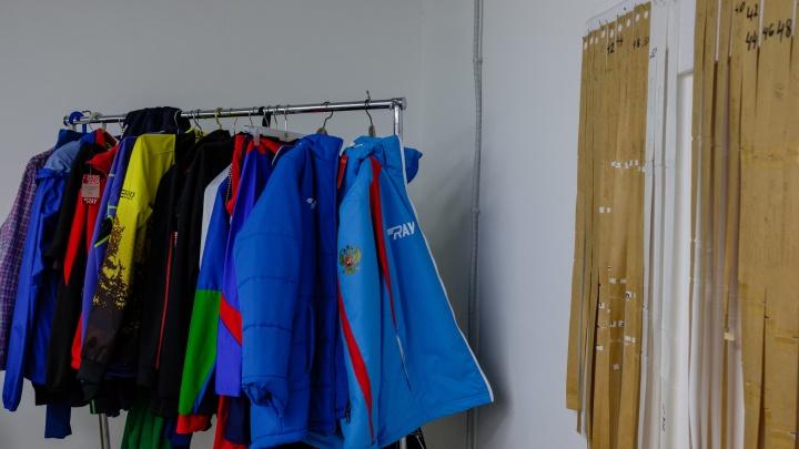 Урал оденет Decathlon: в Екатеринбурге открылся особенный швейный цех