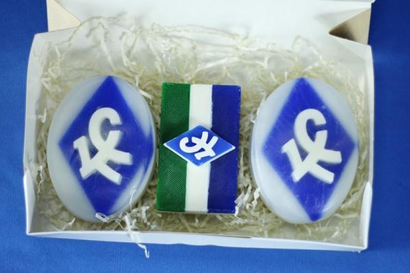 Мыло с логотипом футбольной команды будет стоить 250 и 300 рублей