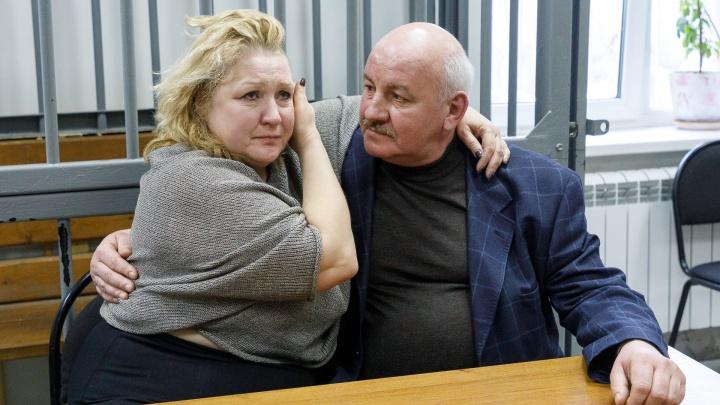 «Отдал жене крестик, ключи и ремень»: бывший вице-мэр Волгограда получил три года колонии