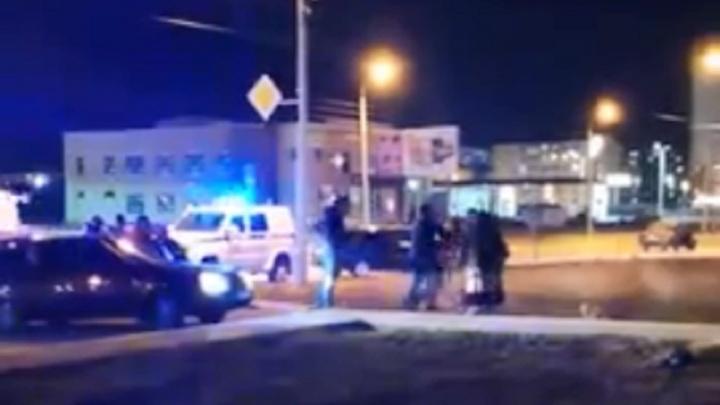 «Есть раненые, тут много полиции»: в Волжском цыганская свадьба закончилась стрельбой и поножовщиной