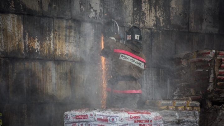 Глава МЧС России: нарушения требований противопожарной безопасности выявлены в каждом втором ТЦ