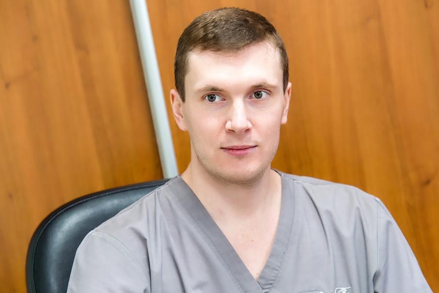 На вопросы челябинцев ответят специалисты областного центра онкологии и ядерной медицины, в том числе Александр Гузь