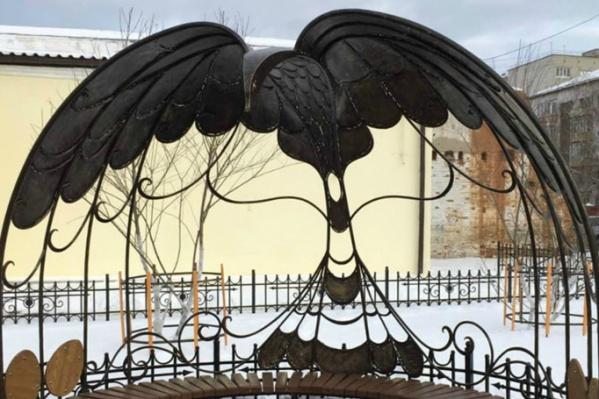 Жар-птицу изготовили по индивидуальному заказу