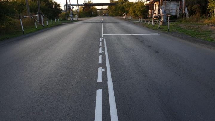 Загадка для водителей: на Окружной дороге рабочие нарисовали очень странную разметку