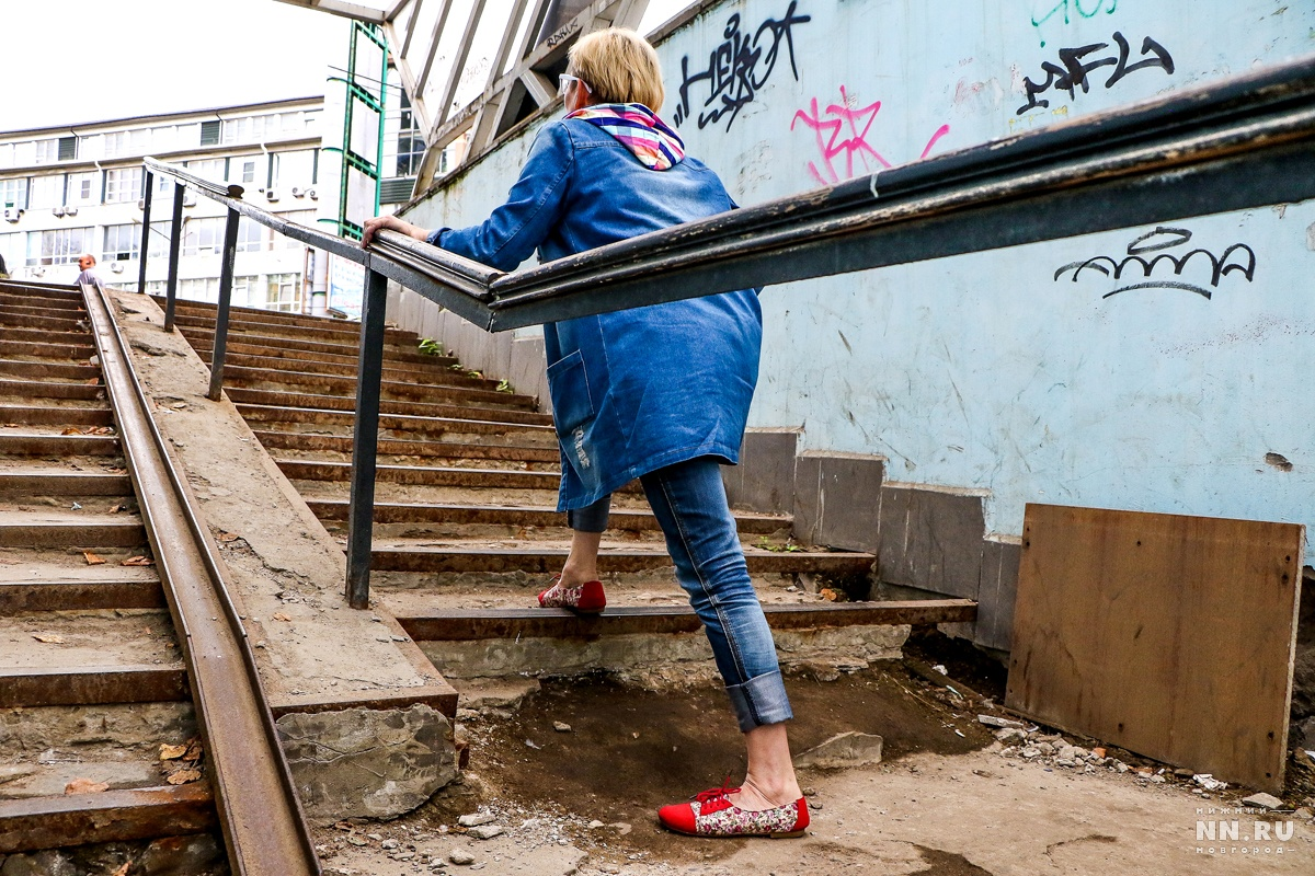Начинается ремонт пешеходного перехода наплощади Лядова