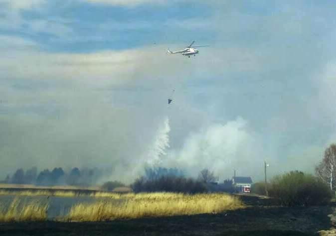 Ми-8 — из Красноярского комплексного авиационно-спасательного центра МЧС