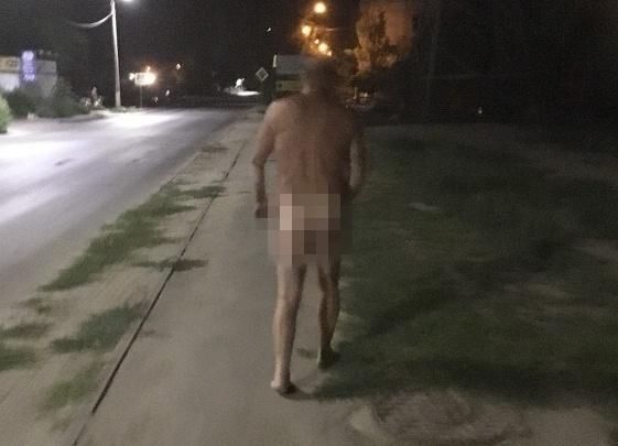 На Спартановке по ночам бродит голый мужчина