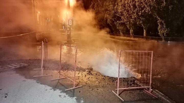 Горячая вода возвращается: в Екатеринбурге завершился второй этап опрессовок