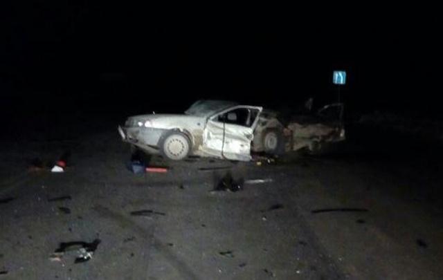 На трассе в Башкирии лоб в лоб столкнулись две иномарки