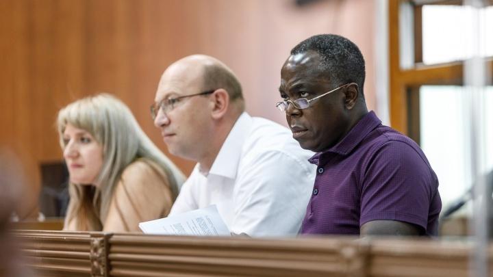 «Никто не назовет решение законным»: волгоградского хирурга Марсело Нтире хотят вернуть в колонию