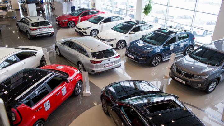 Официальный дилер KIA в Новосибирске распродает автомобили со скидкой 350 тысяч рублей
