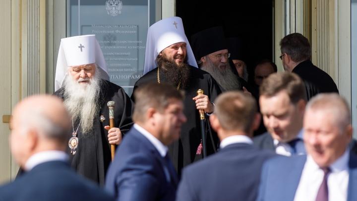 Генералы, митрополиты и чемпионы: на инаугурацию Андрея Бочарова созвали традиционных гостей