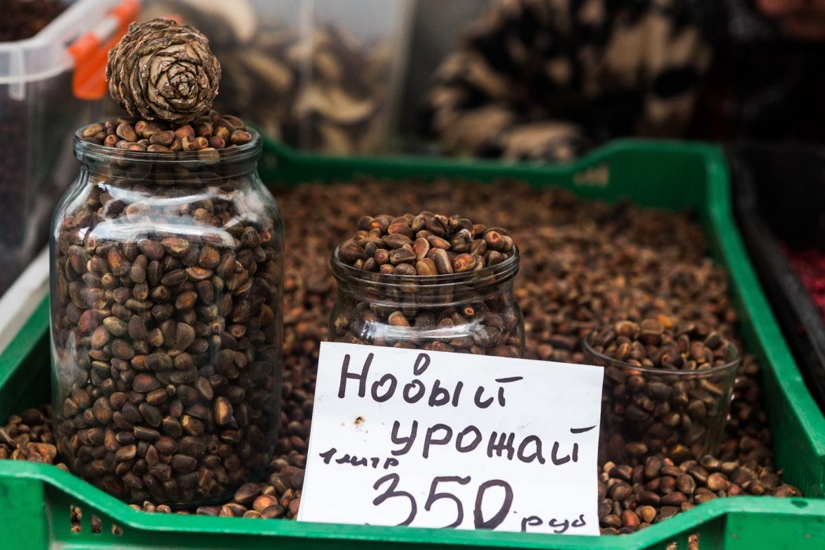 Кедровые орехи пока привозят из соседних регионов