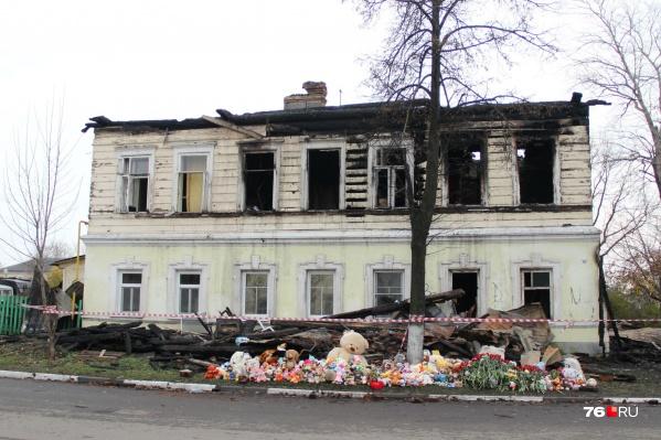 В огне погибли 7 человек