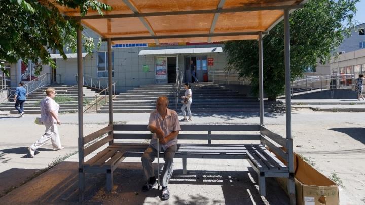 «Автобус сняли, а дачников меньше не стало»: пенсионеры Волгограда потеряли из вида автобус №109