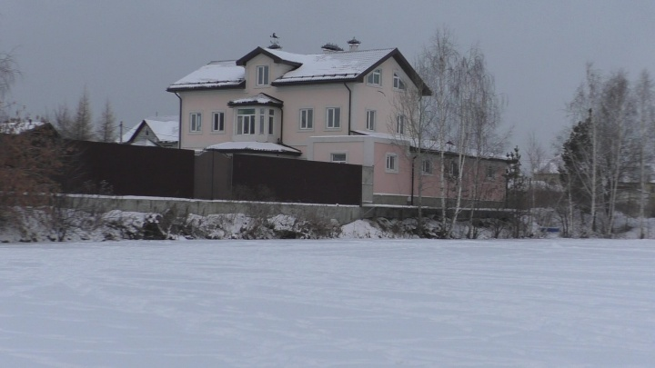 Штаб Навального нашёл в Екатеринбурге улицу, которую полностью занял дом дочери экс-главы Росреестра