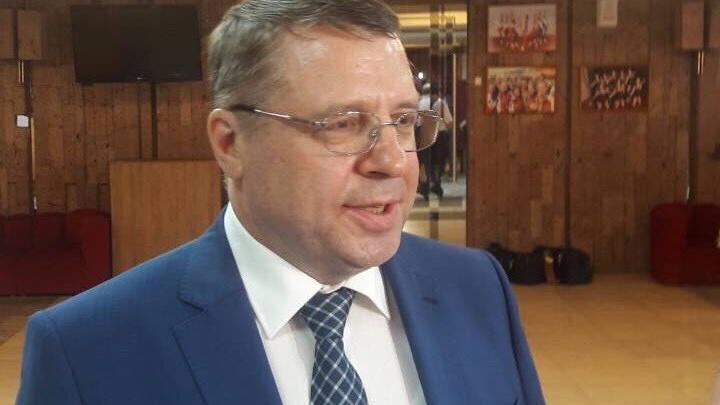Азаров предложил сопернику по праймериз должность главы самарского Минпрома