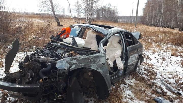 Слетел с дороги: на трассе в Башкирии водитель Volkswagen погиб, не справившись с управлением