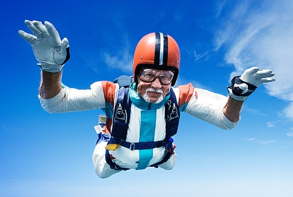 Новая сервисная кампания от «Автобана» надёжнее, чем прыжок с парашютом