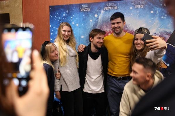 Александр Петров зашёл в зал во время титров