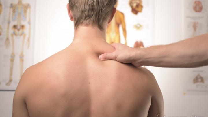 Как уберечь позвоночник от операции: четыре совета врача-невролога