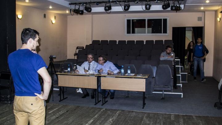 40 человек пришли на пробы в Новосибирске ради учёбы у Никиты Михалкова