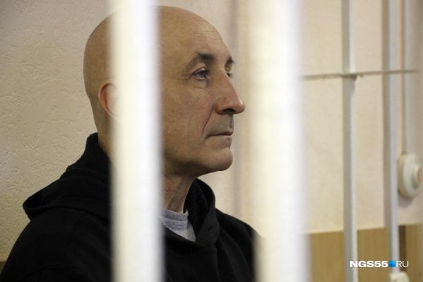 Меренкова сейчас судят по второму обвинению. К полученному недавно первому тюремному сроку теперь добавится огромный штраф