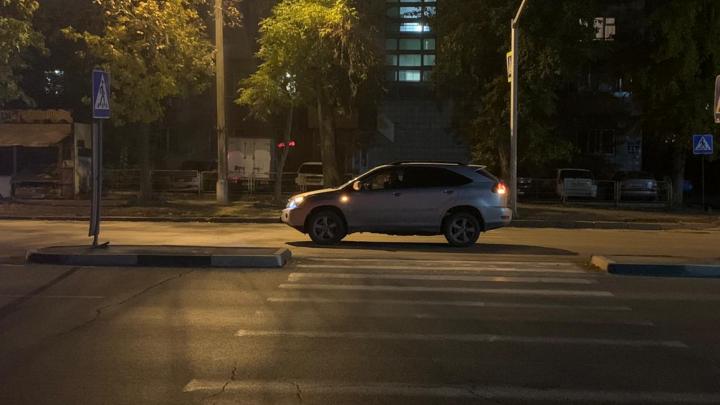 В Ленинском районе водитель «Лексуса» сбил подростка на пешеходном переходе