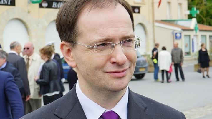 Министр культуры Владимир Мединский всё-таки останется доктором наук