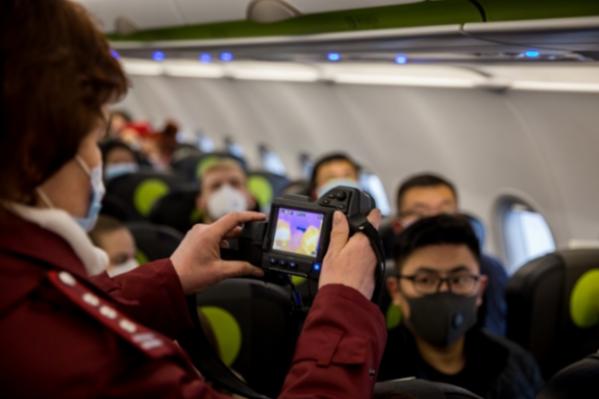 Сотрудники санитарно-карантинного контроля проверили всех прилетевших — на борту находилось 138 пассажиров<br><br>