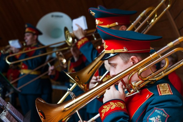 Военный оркестр исполнит и классические, и современные композиции