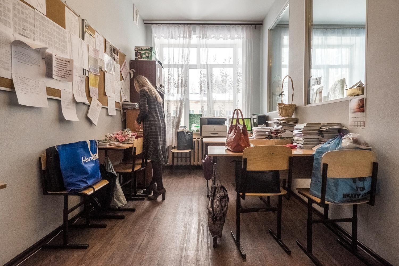 Преподаватели гимназии ютятся в маленькой учительской