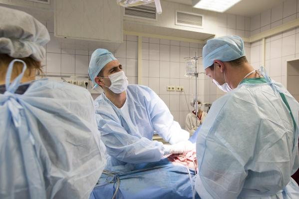 Среди награждённых — врачи разных профилей, а также медсёстры и фельдшеры