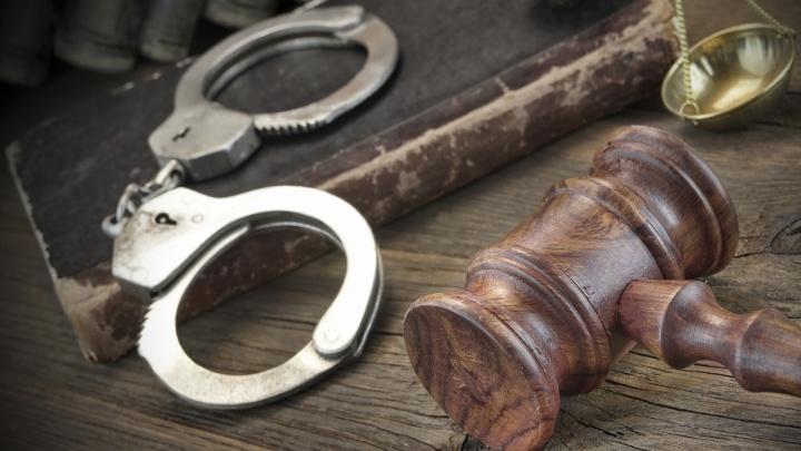 Новосибирец получил 20 лет за зверское убийство гантелями