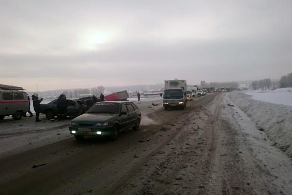ДТП случилось в 10:40 недалеко от Лебедевки