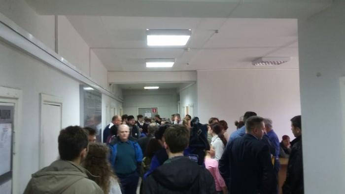 Десятки человек пришли поддержать Дмитрия Трубицына в суде, фото со страницы Егора Савина в Facebook