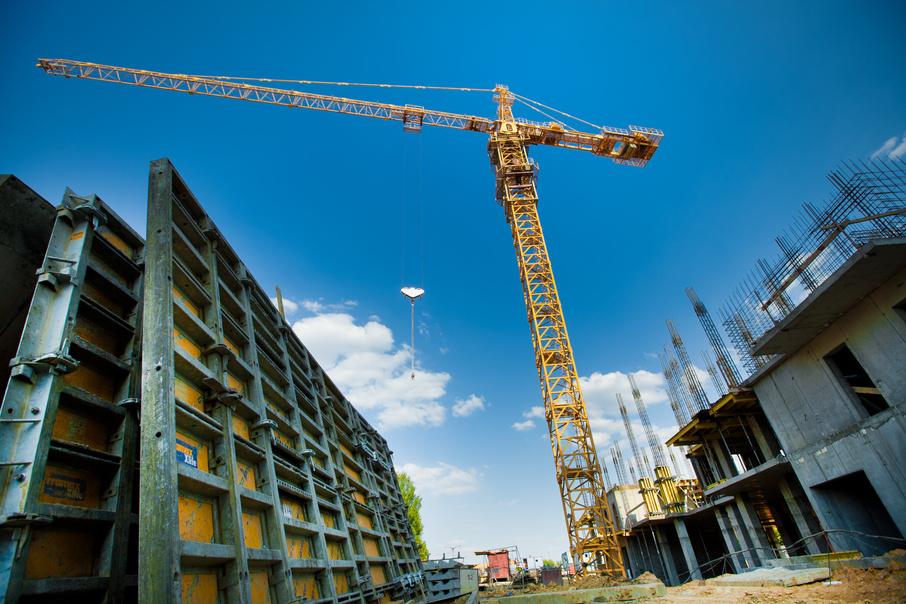 Минстрой планирует сдать объём жилья на уровне прошлого года