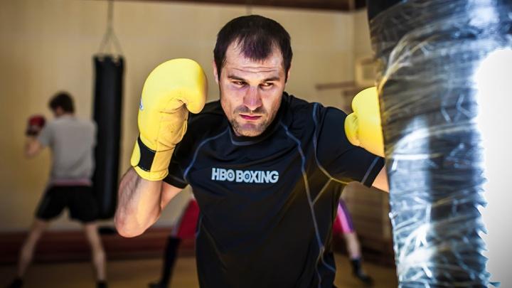 «Видимо, пора вешать перчатки»: Сергей Ковалёв извинился перед болельщиками за поражение
