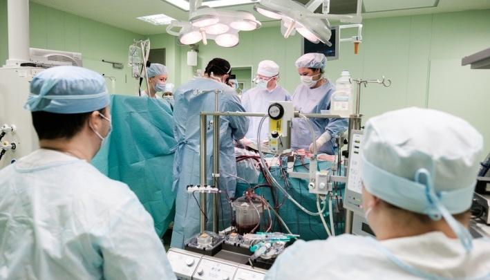 Московские онкологи удалили мальчику из Перми огромную опухоль, за которую боялись браться в Израиле